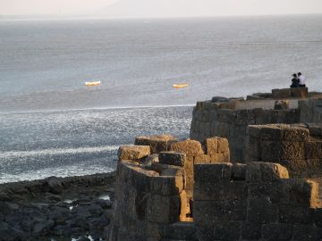 MUST VISIT SIGHTSEEING PLACES IN ALIBAUG