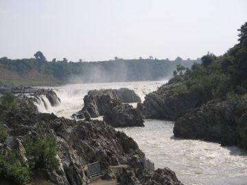 BOOK YOUR TRIP TO DHUANDHAR FALLS WITH OUR BEST CUSTOMIZED P