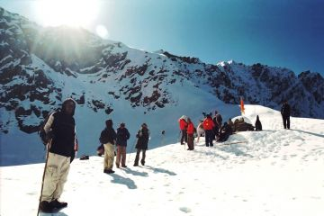 BEST BEAUTIFUL TOURIST PLACES IN ROOPKUND LAKE