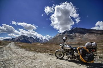 MOST AMAZING ROAD TRIPS MANALI TO LEH
