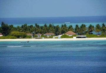 RELAX AT THE QUIET SEAFRONTS OF LAKSHADWEEP