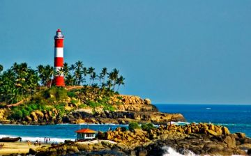 KOVALAM FAMED FOR THE ICONIC LIGHTHOUSE INCREDIBLY ROMANTIC HONEYMOON DESTINATIONS IN INDIA