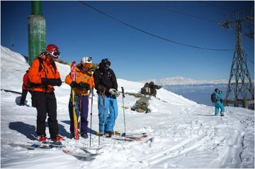 BEST ADVENTURE ACTIVITIES TO DO SKIING IN GULMARG