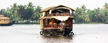 Kerala tour package hills and backwater 4 days
