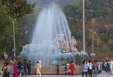 Chandrashila Summit Trek via Chopta and Tungnath