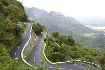 BEAUTIFUL HILLS IN YERCAUD - EX.BANGALORE