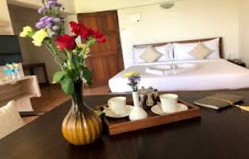 Enjoy Dudhsagar Waterfall, North & South Goa Beaches with 4-Star Oliva Resort @Rs 9999