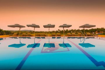 Book Luxurious Goa Trip With Calangute Beach Property Oliva Resort @Rs 8999