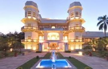 Holiday in Pachmarhi- The hidden jewe... | 3 Nights 4 Days