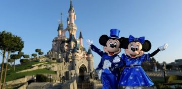 Paris With Disneyland