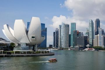Experiential Singapore with Private Transfers