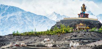 Delhi - Manali - Jispa - Rohtang Pass - Leh - Nubra - Pangong 7 days tour