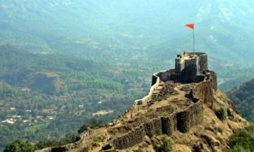 Mahabaleshwar package for 04 adults in july month