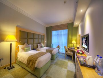 4 Star Hotel with Visa , City Tour , Access to Laguna Water Park and 1 Park access to Dubai Parks and Resort