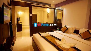 Shirdi Darshan Package 1N/2D @3999/-INR