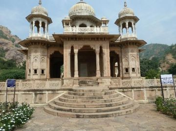 Delightful 2 Nights And 3 Days Jaipur Tour Package