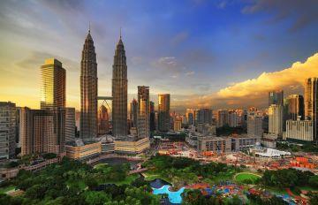 Malaysia Holiday Package //15000 Per peron