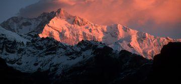 Gangtok 2 Nights, Darjeeling 2 Nights - TL501 - Deluxe Pacakge