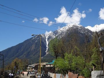 Kashmir 5 Night 6 Days Package starting at 13990 PP