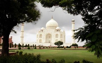 10 nights/11 days Himachal Hill station with Taj
