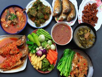 4 Days / 3 Nights Chiang Mai on a Plate  Thailand Food tour