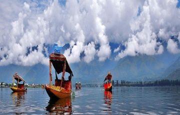 6 Days Srinager Houseboat Pahalgam Gulmarg Tour Package
