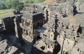 2 Days/1 Night Ajanta Ellora sightseeing with 1 jyotirling Temple