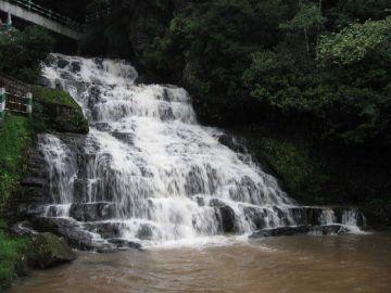 GUWAHATI SHILLONG KAZIRANGA VACATION