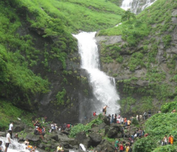 Amazing Monsoon Mahabaleshwar package For 2N/3D