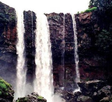 Khajuraho Bhandhavgarh Amarkantak Kanha Jabalpur 9 Night 10 Days Luxury Package