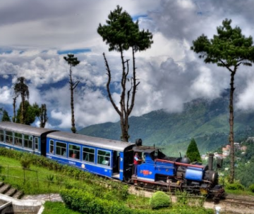 Honeymoon Excursion To Enticing Darjeeling For 1N/2D