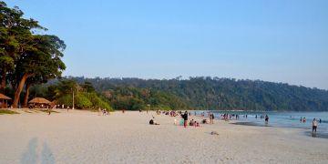 Friends Enjoy in Goa Beach 7 days Trip @17999 INR | Call 9818705209|TriFete Holidays Pvt. Ltd, Versova Mumbai