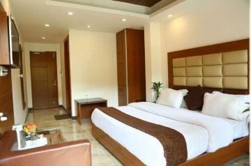 manali Diwali offer on 20% Discount 4 days Trip @11999 INR