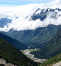 Darjeeling To Yumthung Valley Dream Trip For 3 Nights and 4 days