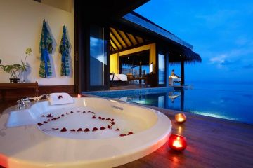 Exclusive Honeymoon Package of Maldives