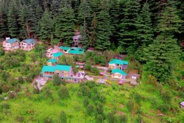 Manali Volvo Package__Cost 17,500/- Per  Couple__03 Nights Stay Hotel + 02 Nights Volvo Travel