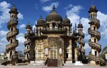 Saurashtra Tour with Bhavnagar & Mount Abu 8N/9D
