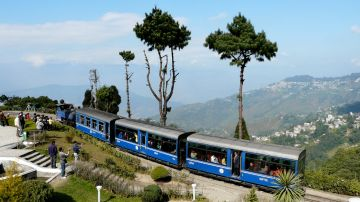 Fantastic Gangtok Darjeeling 4 Nights 5 Days Tour Package