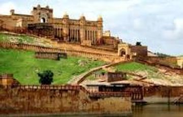 Beautiful Fort Tour Package