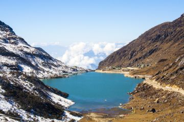 Gangtok- Lachen -Lachung- Tsongmo Lake - Gangtok