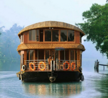 Munnar Tour with Houseboat Package For 3N/4D