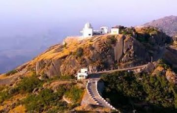 Ecstatic Mount Abu Tour Package