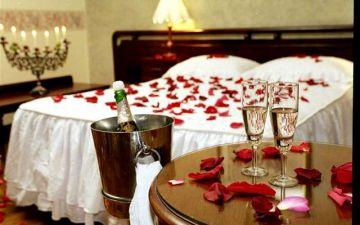 Luxury Honeymoon Tour Package