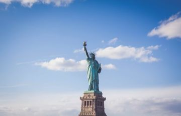 8 Nights & 9 Days Wonders of USA and Canada Honeymoon Tour Package