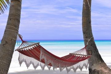 4 Nights & 5 Days Maldives Honeymoon Tour Package