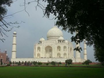 Agra 2 Nights & 3 Days Tour Package