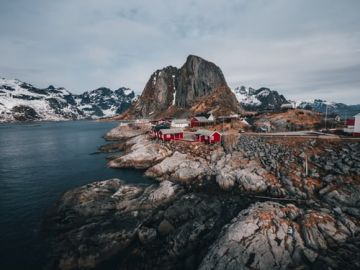 4nights & 5Days Fjords and Northern Lights of Norway Tour package