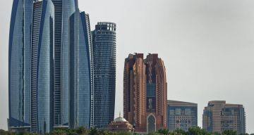 8 DAYS Magical Dubai