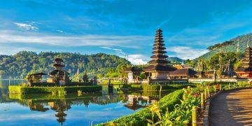 Luxury Honeymoon in paradise with White Monkey Travels