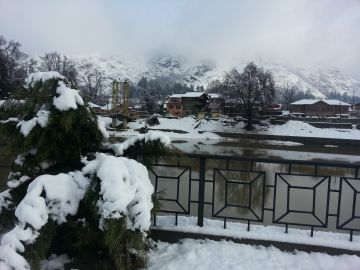 Kashmir Winter Tour  Package for 3 Nights 4 Days